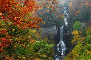 raven-cliff-falls